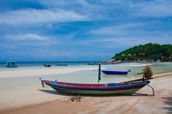 Long tail boat på paradisøya Koh Tao. Her er reisetips!