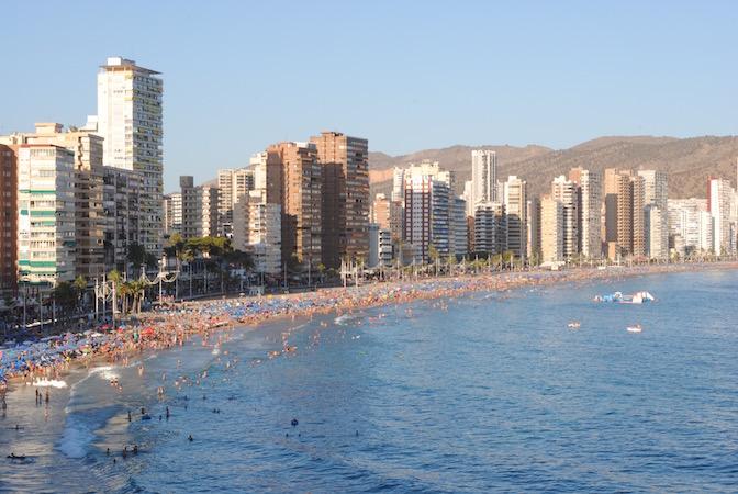 Du føler deg aldri ensom på Playa de Levante ...