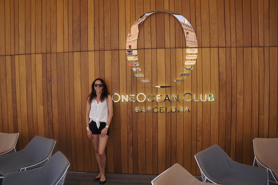 Bonus: Tilgang til OneOcean Bar, som ellers bare er åpen for medlemmer. Doorman som åpner døren for deg, lekkert interiør.