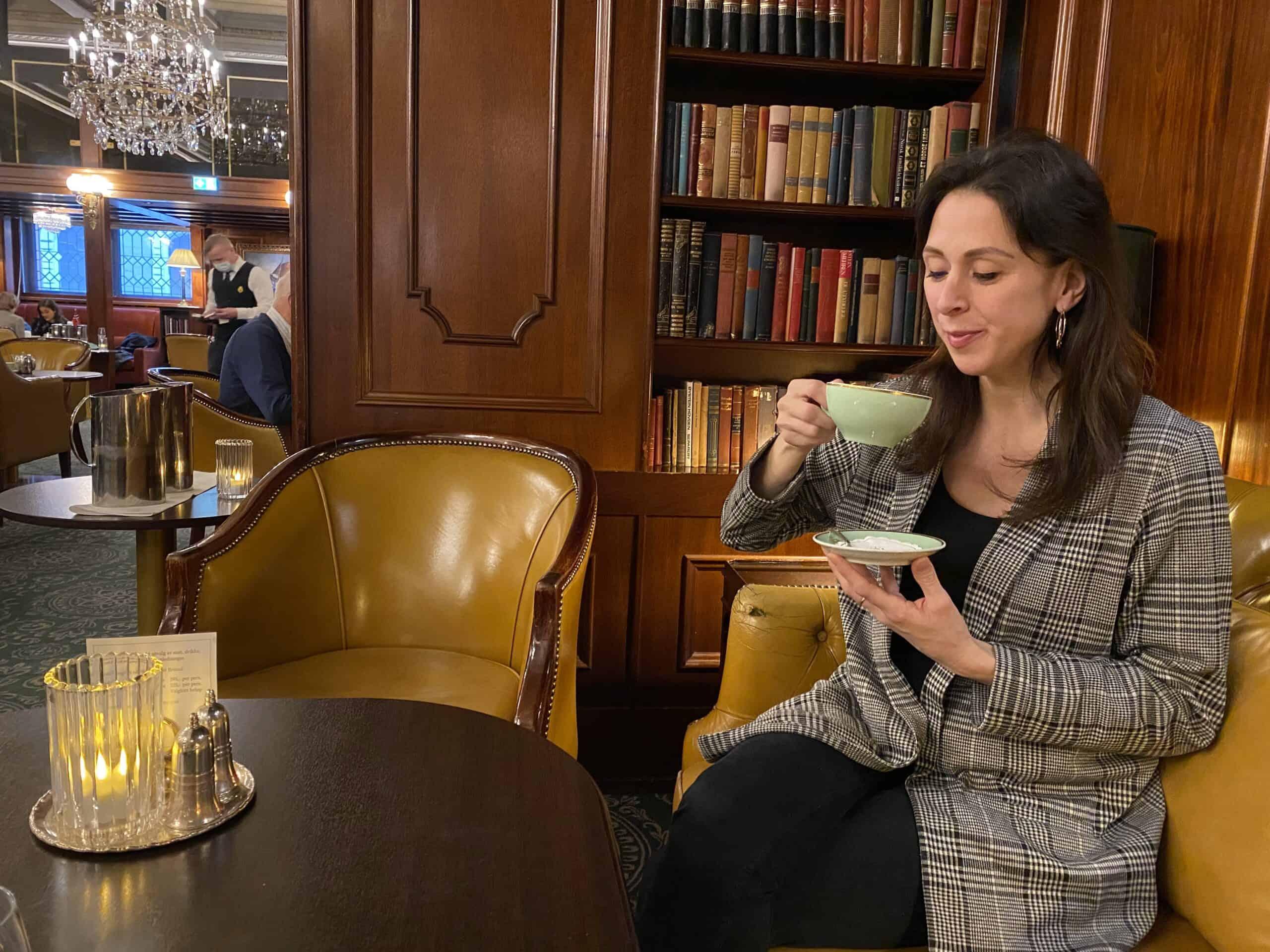 Afternoom tea i Vinterhaven ved Hotel Bristol.